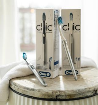 The Oral-B Clic toothbrush features replaceable toothbrush heads to reduce waste